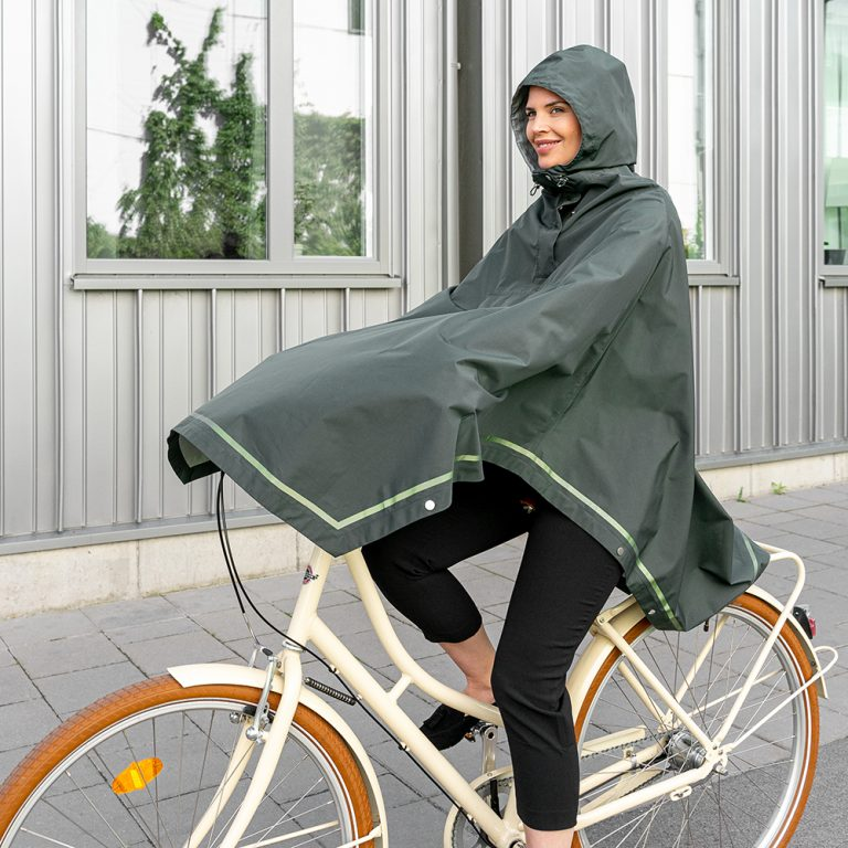 weathergoods-imbris-rain-poncho-green-cycling