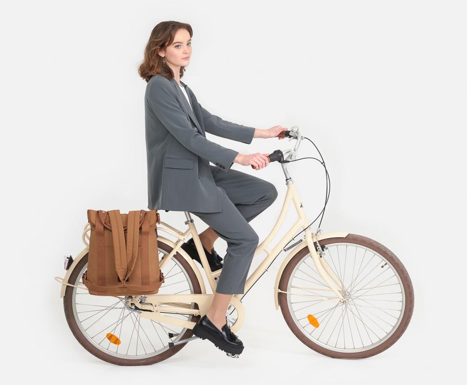 weathergoods-city-bikepack-xl-cognac-home-06-11